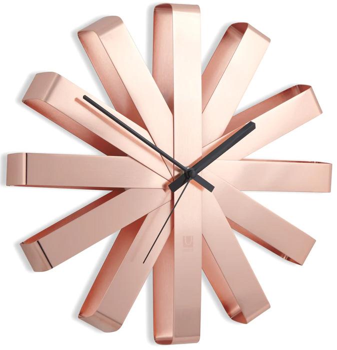 Nástěnné hodiny Umbra RIBBON 30 cm měděné