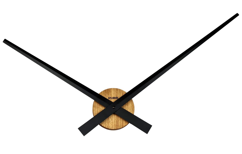 Minimalistické dubové hodiny české výroby s robustními ručičkami KUBRi 0017